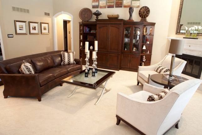 traditional living room interiors