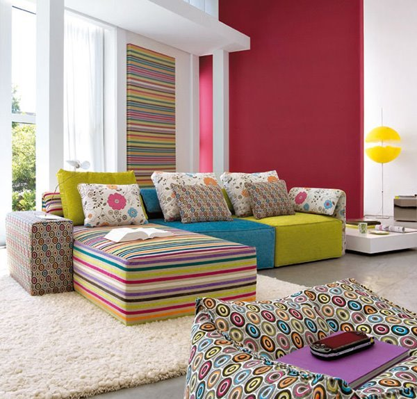 Bold Living Rooms with Patterns