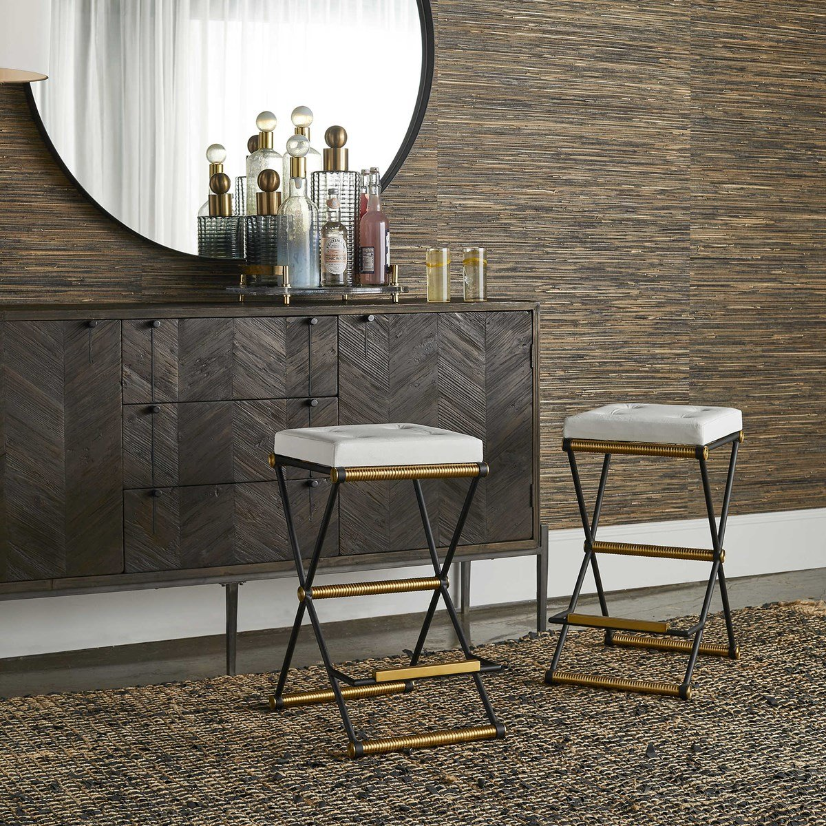 Retro barstools with gold detailing would fit perfectly in any granny chic lounge, bar, or kitchen